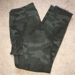Abercrombie & Fitch Camo Skinnies - 00